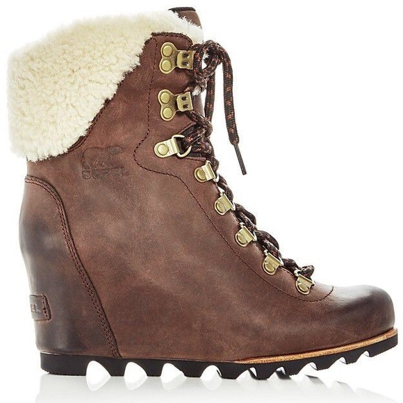 5ea4e014ab1 NIB Sorel Women s Conquest Wedge Shearling Boot